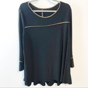 IC by Connie K black gold tunic size 1x